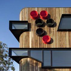 Ormond Esplanade by Judd Lysenko Marshall Architects - Dezeen