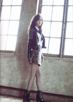 151204 Girls' Generation the tour 'Phantasia' Japan magazine SNSD Yoona S Girls, Kpop Girls, South Korean Girls, Korean Girl Groups, Snsd Fashion, Yoona Snsd, Instyle Magazine, Cosmopolitan Magazine, Korean Actresses