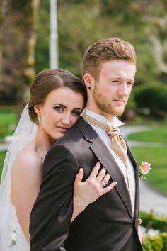 THE NORWEGIAN WEDDING BLOG : Chict og moderne bryllup fra Bergen av Sparks Studios. Modern wedding from Norway. http://norwegianweddingblog.blogspot.no/2014/06/chic-og-moderne-bryllup-fra-bergen-av.html