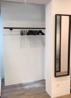 RVS hoek kapstok op maat, type L1 - RVSBeurs.nl Hall Wardrobe, Bad Girl Wallpaper, Front Hallway, Rest House, Hanging Clothes, Clever Design, Hallway Decorating, House Goals, Future House