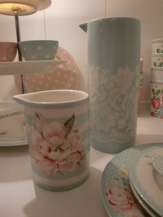 The new GreenGate Spring/Summer collection at Originated's. Stoneware Ditte and Livia Mint.