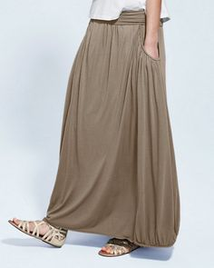 Favorite Maxi Knit Skirt. Like this idea with less fabric.