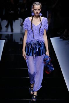 Emporio Armani - Spring 2017 Ready-to-Wear