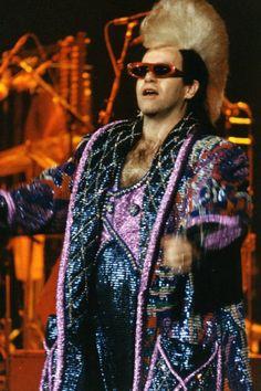Nanette+looks like the sunglasses are an Alain Mikli Elton John Costume,  Bernie Taupin