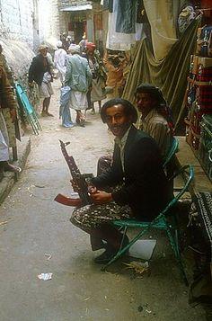 Man with gun, Taiz, Yemen