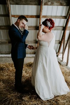 Winter Wedding in Edson. Emotional first look wedding. Barn first look. Wedding Couples, Wedding Photos, Wedding Ideas, Chic Bridesmaid Dresses, Wedding First Look, Bride And Groom Pictures, Led Grow Lights, Wedding Photography Inspiration, Bride Gifts