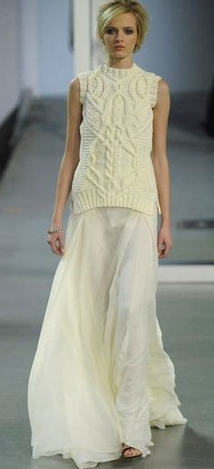 Runway knitted chain top