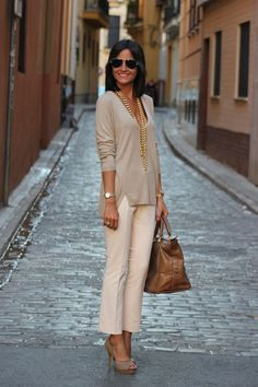 Simple yet classic office style. Love this Sweater and slack look
