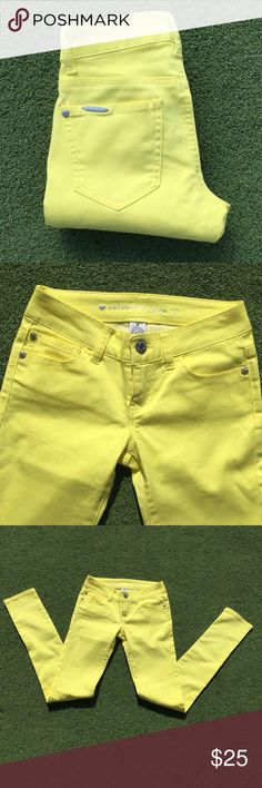 🎉🎉HP🎉🎉Fabulous Bright Yellow Skinny Jeans Take your boring denim to a whole new level with these yellow skinny jeans. They have soft stretchy. Mid rise skinny fit thru hips and thighs. Inseam is 31 inches. 5 pocket styling, button and zipper closure, and belt loops. These are New without tags. Celebrity Pink Jeans Skinny
