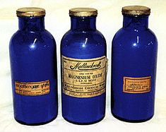 An article about precautions that collectors of old bottles should take before purchasing old medicine bottles. Antique Glass Bottles, Vintage Bottles, Bottles And Jars, Poison Medicine, Old Medicine Bottles, Vintage Medical, Vintage Packaging, Blue Bottle, Pharmacy
