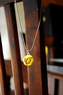 How to Make This Southern Lovely Polymer {clay} Necklace