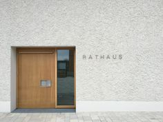 Neugestaltung der Ortsmitte mit Rathaus in Maitenbeth / Meck Architekten You are in the right place about entrance luxury Here we offer you the most beautiful pictures about the entrance plaza you are Facade Design, Door Design, Exterior Design, House Design, Entrance Design, Modern Entrance Door, Entrance Doors, Porch Windows, Windows And Doors