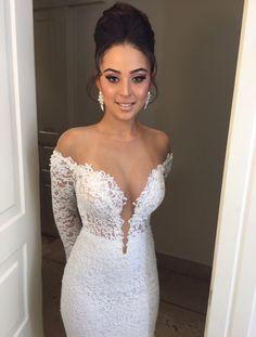 Beautiful BERTA bride ❤️