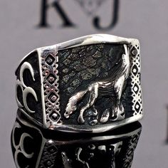 925 Sterling Silver Men's ring with Wolf -  free resizing #KaraJewels #Wolf
