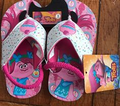NWT Toddler Size 5//6 Trolls Princess Poppy Light Up Flip Flop Sandals