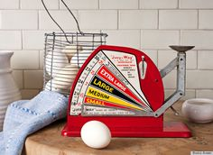 Country Living Appraises A 1950s Jiffy-Way Egg Scale (PHOTO) - This is one way we graded eggs on the egg farm