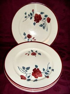 ¤ Badonviller - LES ROSES. French tableware fashionable in the 1920's