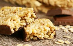 Are Granola Bars Good for You? How to Label Shop for Healthy Ingredients Muesli, Healthy Snacks, Healthy Eating, Healthy Recipes, Granola Barre, Biscuits, After School Snacks, Breakfast Recipes, Lose Weight