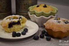 vůně kávy a pastelek: Borůvkové muffiny s pudinkovou náplní Pudding, Cupcakes, Breakfast, Pizza, Food, Flan, Custard Pudding, Cup Cakes, Eten