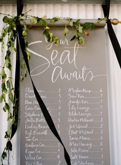 Love this #seating #chart! Simple but beautiful