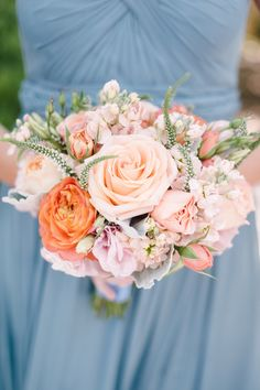 We're loving this color combination | Photography: Melanie Duerkopp - www.melanieduerkopp.com  Read More: http://www.stylemepretty.com/california-weddings/2015/01/02/rustic-summer-wedding-at-annadel-estate-winery/