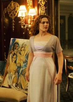 Kate Winslet in 'Titanic' Titanic Costume, Titanic Dress, Titanic Movie, Rms Titanic, Titanic Kate Winslet, Black Dinner Dress, Leo And Kate, Tea Gown, Iconic Dresses
