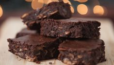 ~ If you like brownies without the calories, hey, this may be perfect for you! And oh my gawd, it tastes JUST like brownies! Paleo Brownies, Boxed Brownies, Fudge Brownies, Chocolate Brownies, Coffee Brownies, Shakeology Chocolat, Chocolate Shakeology, 21 Day Fix, Brownie Recipes