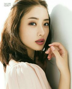 #石原さとみ Satomi Ishihara