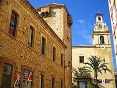 Alicante Vergel - La Torre del Palacio y la Iglesia de la Virgen del Rosario, en Vergel