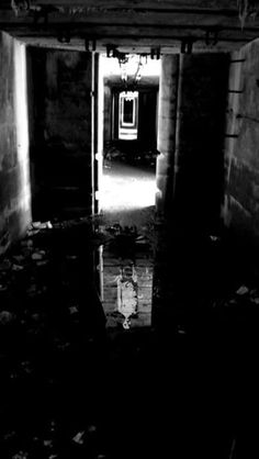 Photo taken at an unknown insane asylum. Very creepy Abandoned Asylums, Abandoned Buildings, Abandoned Places, Scary Places, Haunted Places, Creepy Things, Creepy Stuff, Random Stuff, Desert Places