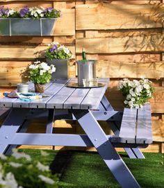 Praxis   Picknicktafels voor klein en groot.