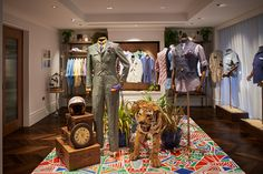 "TURNBULL&ASSER,London,UK, ""Releasing it's Spring/Summer Collection"", pinned by Ton van der Veer"