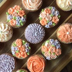 Flower Cupcakes with Russian piping tips by Libby's Cupcakes Etc.