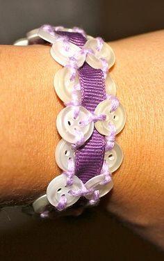 DIY Tutorial: DIY Jewelry / DIY Button Bracelet - Bead&Cord