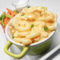 """Buffalo Chicken Mac and Cheese 