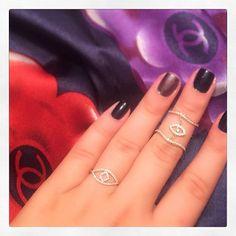 Britara Diamond Eyes ✨ Dainty Jewelry, Fine Jewelry, Diamond Eyes, Heart Earrings, Instagram Posts, Delicate Jewelry, Heart Pendants, Jewelry