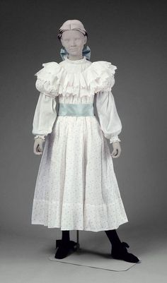 And this dress will go with the pale blue shoes.