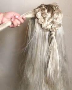 daenerys targaryen hair tutorial Source by WonderDiy Hair Wigs Box Braids Hairstyles, Wedding Hairstyles, Cool Hairstyles, Cute Hairstyles For Prom, Fairy Hairstyles, Mermaid Hairstyles, Wild Hairstyles, Fishtail Braid Hairstyles, Dance Hairstyles