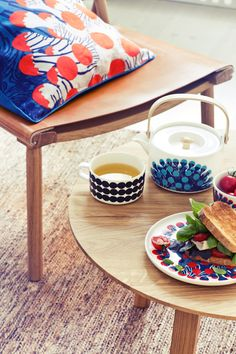 Kustaa Saksi for Marimekko Spring 2015 Deep water flora and fauna serve as the inspiration for this all-Finnish collaborative collection Home Decor Colors, Home Decor Trends, Colorful Decor, House Colors, Spring Home, Spring Summer, Summer 2015, Spring 2015, Spring Fever