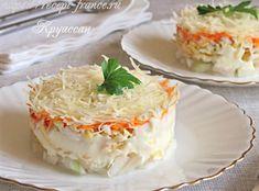 Если у вас всё ещё присутствует настороженность по поводу яблока в салате, — попробуйте этот рецепт, и, как знать… возможно, ваше мнение изменится кардинально?! Простые ингредиенты, лёгкий в приготовлении, вкусный и полезный, — салат «Французский».  Ингредиенты на 2 порции 1 кисло-сладкое яблоко; 1 луковица; 1 яйцо; 1 небольшая морковь; 50 г пармезана или […]