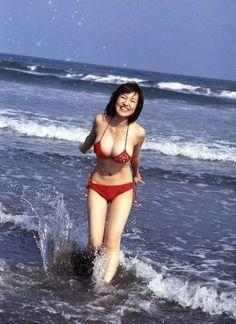 大沢あかね 水着 - Google 検索