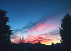 Sunrise over the mountains! I See It, Sunrise, Mountains, Sunrises, Sunrise Photography, Rising Sun, Bergen