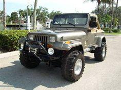 Jeep Wrangler Sahara (1989)