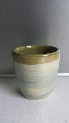 Handgemaakte mok van keramiek MyPottery. Jimdo.com