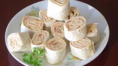 Yet Another Mexican Pinwheel Recipe! With Light Cream Cheese, Taco Seasoning, Rotel Tomatoes, Refried Black Beans, Flour Tortillas Pinwheel Appetizers, Pinwheel Recipes, Yummy Appetizers, Appetizer Recipes, Snack Recipes, Pinwheel Sandwiches, Savory Snacks, Quick Snacks, Yummy Recipes