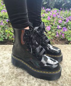 The Molly boot, shared by aylinpien.