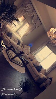 Living Room Decor Cozy, Home Living Room, Living Room Designs, Living Room Inspiration, Home Decor Inspiration, Decor Ideas, First Apartment Decorating, Interior Decorating, Interior Design