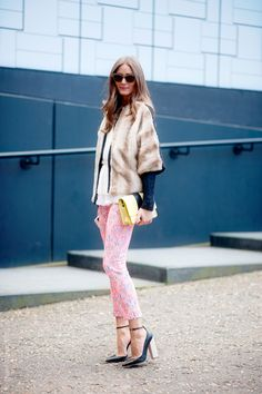 (via Street Style Aesthetic » Blog Archive » London – Olivia Palermo)