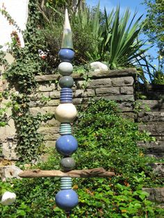 Keramikstele Kugeln, Treibholz,  blau,türkis,weis von ceramiche auf DaWanda.com
