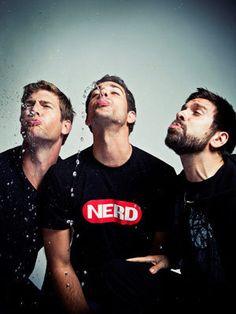 Ryan McPartlin, Zachary Levi & Joshua Gomez. I love me some sexy nerds!  Misss this show so much!!!!